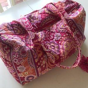 "❤️💕 Vera Bradley ""Razzberry Fizz"" Duffel Bag 💕❤️"
